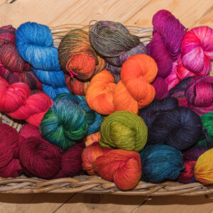 4fache Sockenwolle handgefärbt