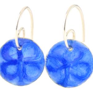 Runde Ohrhänger mit geprägtem und emailliertem Silberteil, Unikat