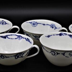 Teetassen aus Porzellan