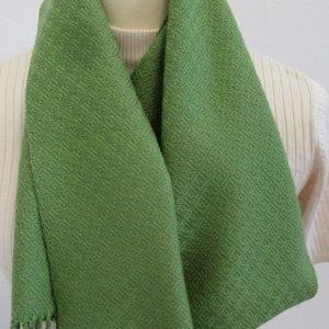 Schal handgewebt grün