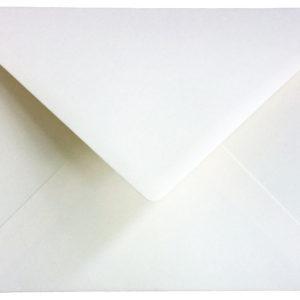 Briefumschlag cremefarben