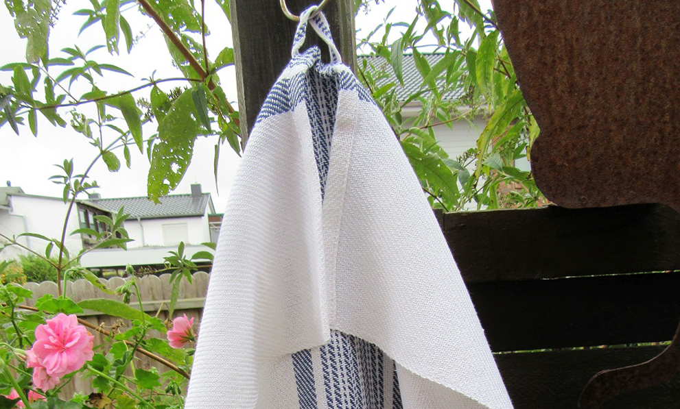 Handtuch blau-gestreift
