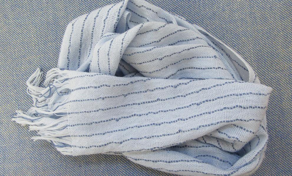 Handweberei leichter Schal
