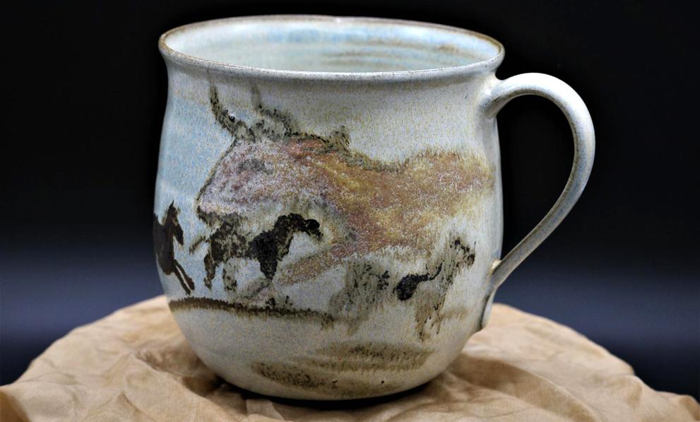 Steingut Geschirr Tasse mit Höhlenmalerei